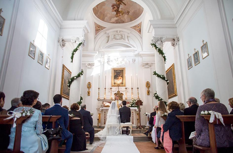 Chiesa per Matrimoni in Toscana vicino Arezzo - Poggitazzi