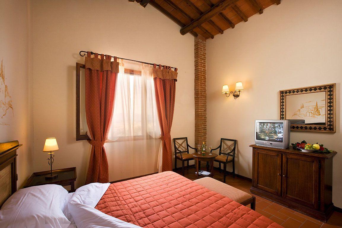 Vacanze in Agriturismo Toscana Terranuova Bracciolini - Poggitazzi