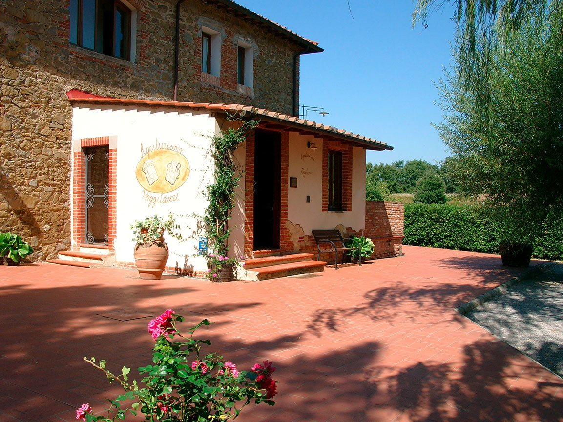 Agriturismo Toscana Terranuova Bracciolini – Poggitazzi