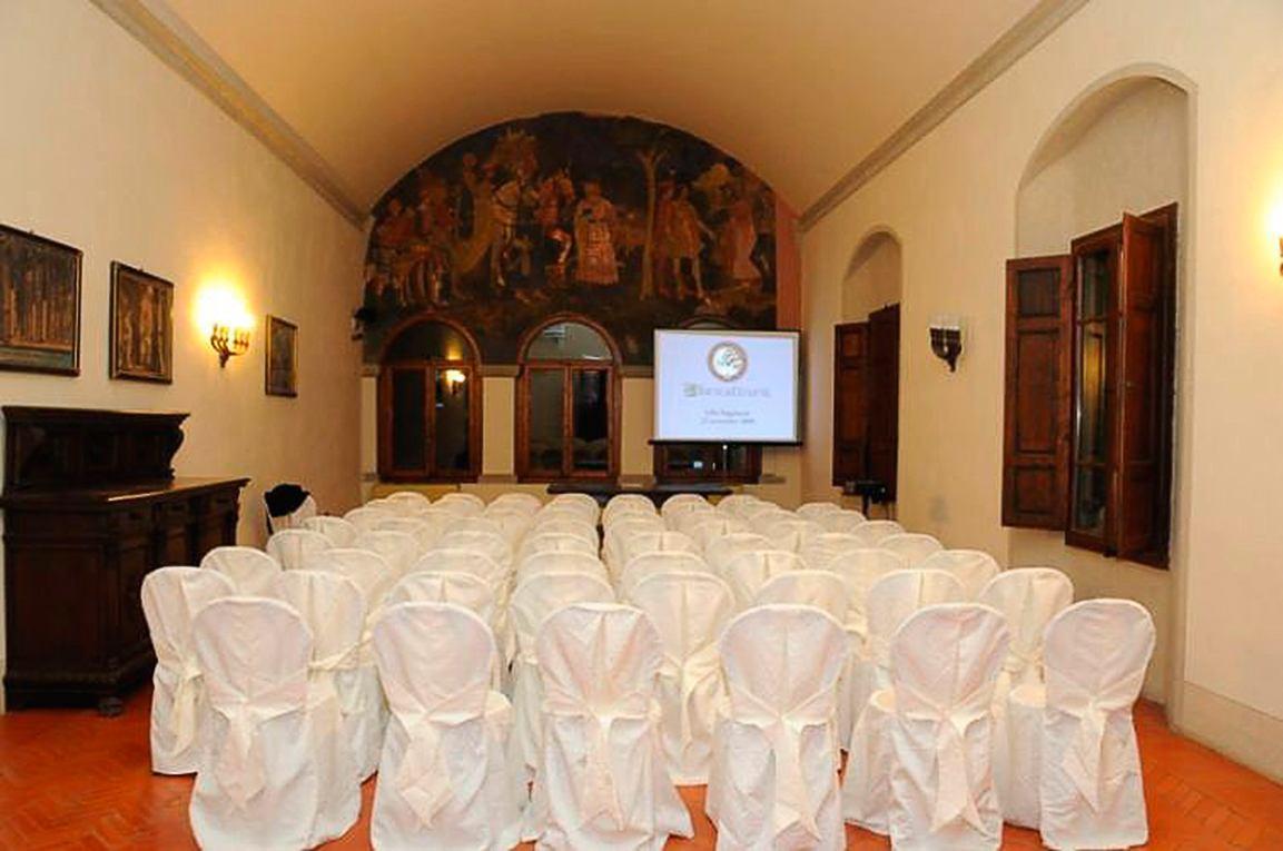 Villa per Eventi in Toscana vicino Arezzo - Poggitazzi