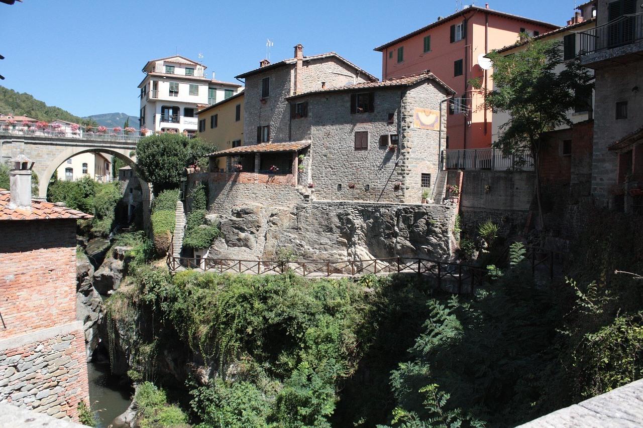Vacanze Loro Ciuffenna. Una Toscana tutta da scoprire - Poggitazzi